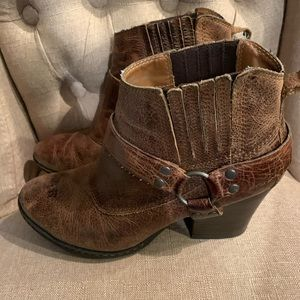 Born leather booties women's 8.5